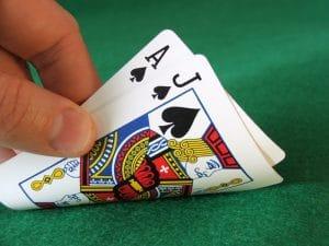 Blackjack gratuit : le jeu de table le plus populaire